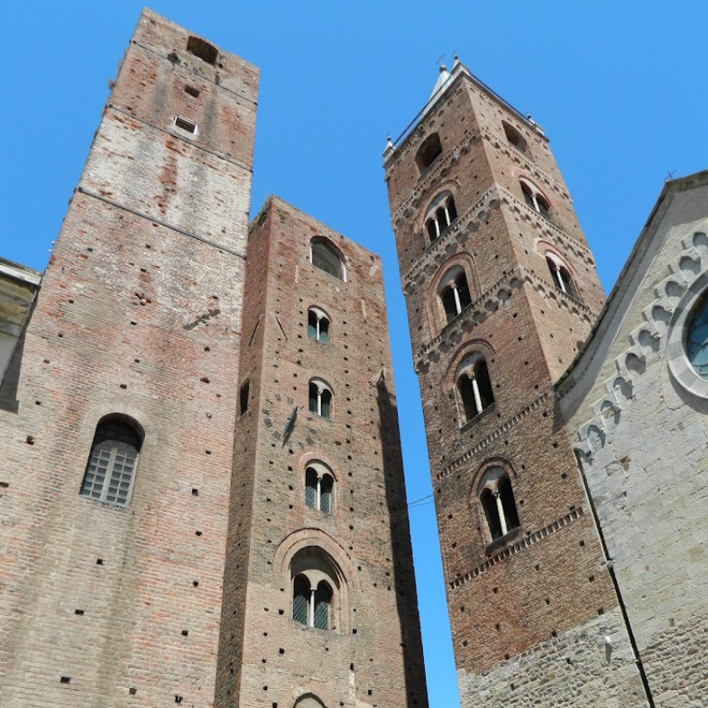 23/10 TORRE CIVICA Torre Civica / SV