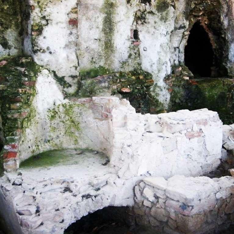 23/10 Area Archeologica di San Calocero AREA ARCHEOLOGICA DI SAN CALOCERO / SV